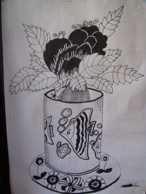 线描画:花瓶